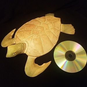 HAND CARVED BLEACHED WOODEN SEA TURTLE